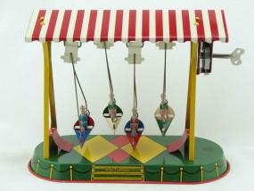 Blechspielzeug - Schiffschaukel mit Figuren D