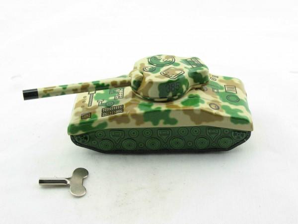 Blechspielzeug - Panzer in Tarnfarbe Sherman Tank