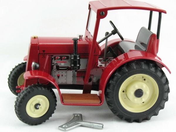 Traktor Schlüter DS 25 mit Dach, rot, Kovap-Neuheit 2019 – Blechspielzeug