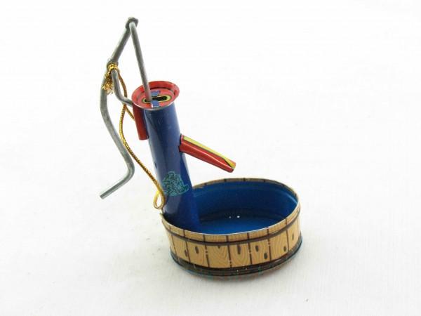 Blechspielzeug - Deko-Wasserpumpe