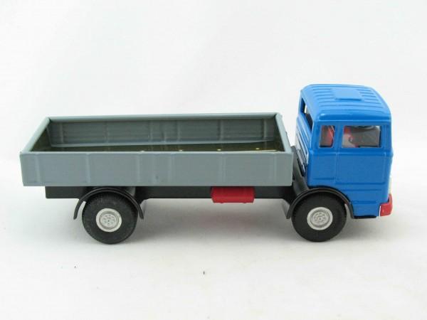 Mercedes LKW Pritsche von Kovap - Blechspielzeug