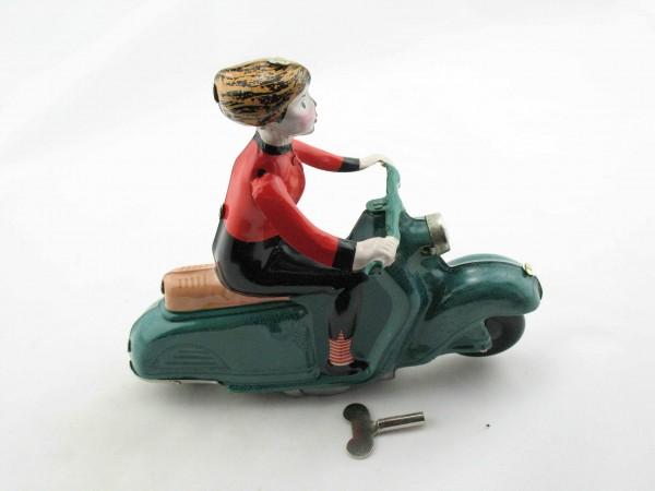 Blechspielzeug - Motorrad Scooter Girl auf Motorroller, grün