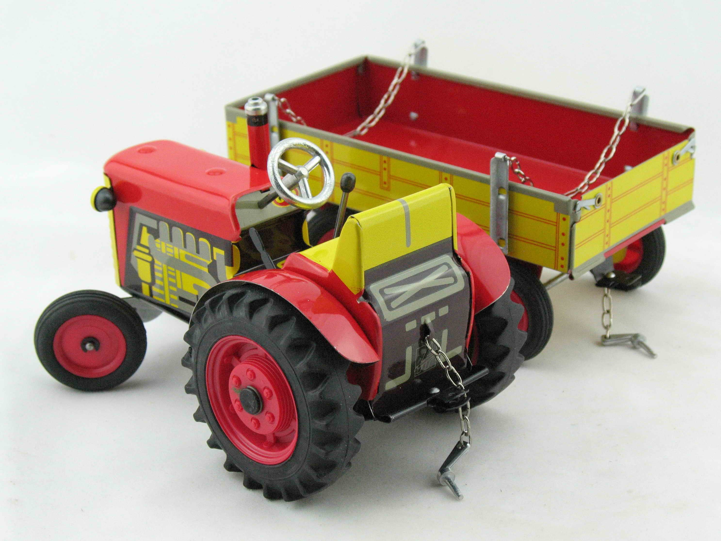Traktor ZETOR mit Anhänger Blechspielzeug rot von KOVAP  Traktor Neu und OVP