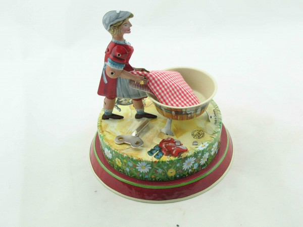 Blechspielzeug - Waschfrau BRD