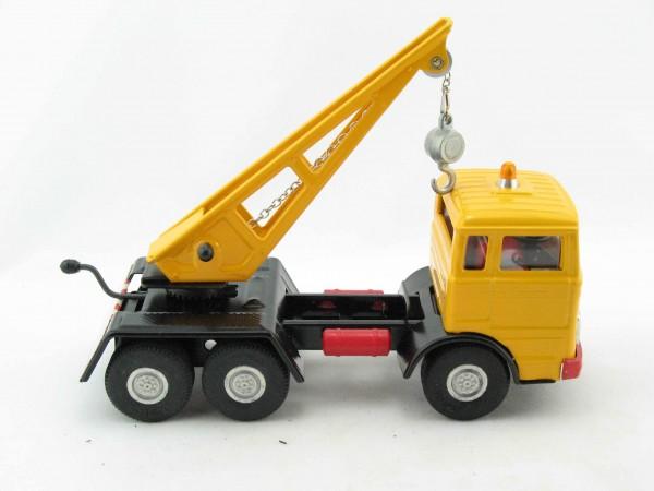 Mercedes LKW Kranwagen von Kovap - Blechspielzeug