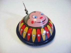 Blechspielzeug - Schlüsselauge Käfer/Hummel mit Uhrwerk