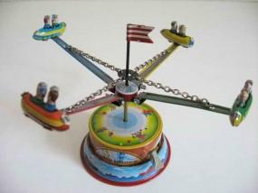 Blechspielzeug - Karussell mit vier Gondeln