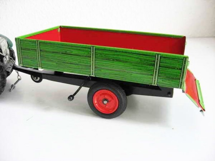 traktor anh nger kipper gr n von kovap blechspielzeug. Black Bedroom Furniture Sets. Home Design Ideas